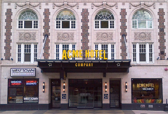 the-trendy-tech-savvy-acme-hotel-opens-in-chicago-11.jpg